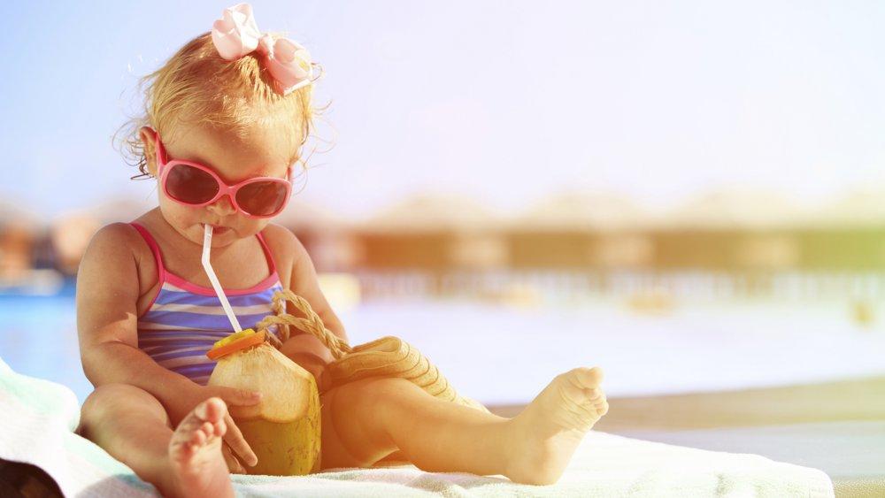 5 astuces pour bien hydrater bébé pendant l'été